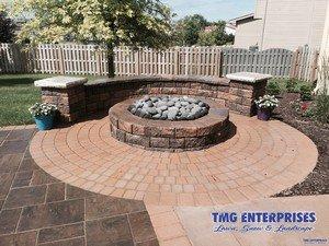 image of a paver patio